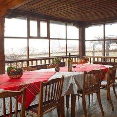 Отель Hadjigergy's Guest House Болгария, Сливен - отзывы, цены и фото номеров - забронировать отель Hadjigergy's Guest House онлайн питание