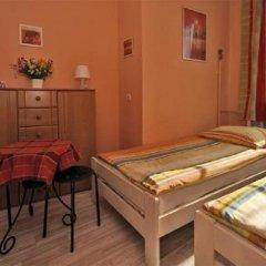 Отель Centrum Hostel Wrocław Польша, Вроцлав - отзывы, цены и фото номеров - забронировать отель Centrum Hostel Wrocław онлайн комната для гостей фото 5
