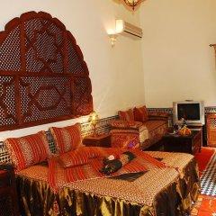 Отель Riad La Perle De La Médina Марокко, Фес - отзывы, цены и фото номеров - забронировать отель Riad La Perle De La Médina онлайн интерьер отеля фото 3