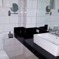 Отель Azalea Residences Baguio Филиппины, Багуйо - отзывы, цены и фото номеров - забронировать отель Azalea Residences Baguio онлайн ванная фото 2