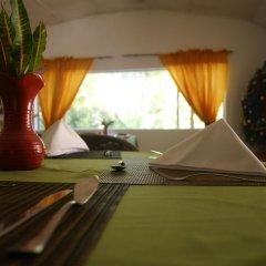 Отель San San Tropez Ямайка, Порт Антонио - отзывы, цены и фото номеров - забронировать отель San San Tropez онлайн спа фото 2