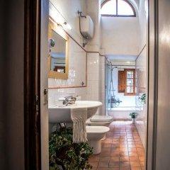 Отель Fattoria Guicciardini Сан-Джиминьяно ванная
