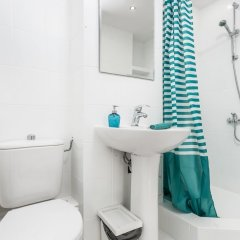 Отель Little Home - Alice Польша, Варшава - отзывы, цены и фото номеров - забронировать отель Little Home - Alice онлайн ванная