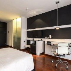 Отель Hilton Madrid Airport в номере
