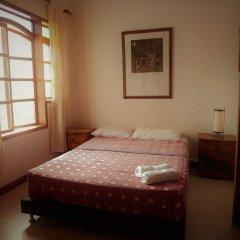 Отель Casa Miraflores Колумбия, Кали - отзывы, цены и фото номеров - забронировать отель Casa Miraflores онлайн комната для гостей фото 2