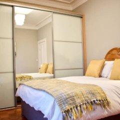 Отель Traditional 2 Bedroom Flat With Views of Portobello Beach Эдинбург комната для гостей фото 3