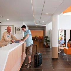 Отель ibis budget Brugge Centrum Station Бельгия, Брюгге - 2 отзыва об отеле, цены и фото номеров - забронировать отель ibis budget Brugge Centrum Station онлайн интерьер отеля фото 2