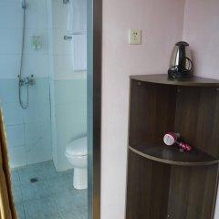 Отель Xinxiangyue Hotel Китай, Шэньчжэнь - отзывы, цены и фото номеров - забронировать отель Xinxiangyue Hotel онлайн ванная
