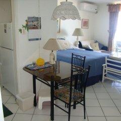 Отель Ocean Suite Beach Front at Mobay Club в номере