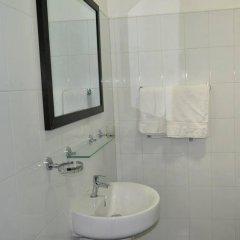 Отель Vista Rooms Kataragama Main Street Шри-Ланка, Катарагама - отзывы, цены и фото номеров - забронировать отель Vista Rooms Kataragama Main Street онлайн ванная