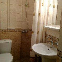 Отель Family Hotel Victoria Болгария, Балчик - отзывы, цены и фото номеров - забронировать отель Family Hotel Victoria онлайн ванная
