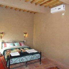 Отель Riad Tagmadart Ferme D'hôte Марокко, Загора - отзывы, цены и фото номеров - забронировать отель Riad Tagmadart Ferme D'hôte онлайн сейф в номере
