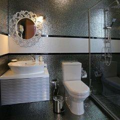 Отель Green Palace Hotel Болгария, Шумен - отзывы, цены и фото номеров - забронировать отель Green Palace Hotel онлайн ванная фото 2