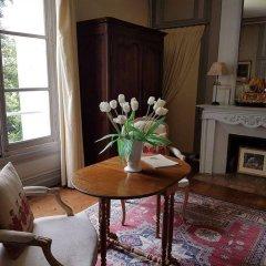 Отель Château de Beaulieu Франция, Сомюр - отзывы, цены и фото номеров - забронировать отель Château de Beaulieu онлайн комната для гостей фото 3