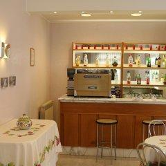 Hotel Elena Кьянчиано Терме гостиничный бар
