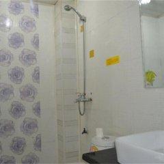 Отель Xi'an Happy Hotel Китай, Сиань - отзывы, цены и фото номеров - забронировать отель Xi'an Happy Hotel онлайн ванная