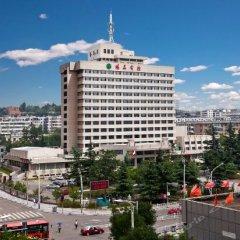 Yang Quan Hotel городской автобус