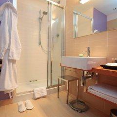 Отель Cosmopolitan Hotel Италия, Чивитанова-Марке - отзывы, цены и фото номеров - забронировать отель Cosmopolitan Hotel онлайн ванная