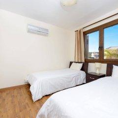 Отель Constantine Villa Кипр, Протарас - отзывы, цены и фото номеров - забронировать отель Constantine Villa онлайн комната для гостей