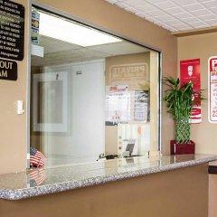 Отель Econo Lodge Columbus Колумбус интерьер отеля фото 2