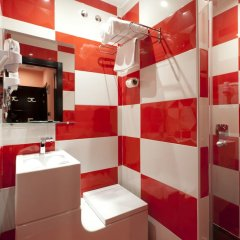 Отель JC Rooms Chueca Испания, Мадрид - отзывы, цены и фото номеров - забронировать отель JC Rooms Chueca онлайн ванная