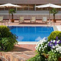 Отель Novotel Madrid Campo de las Naciones бассейн фото 3