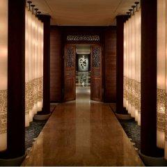 Отель The Peninsula Bangkok Таиланд, Бангкок - 1 отзыв об отеле, цены и фото номеров - забронировать отель The Peninsula Bangkok онлайн интерьер отеля
