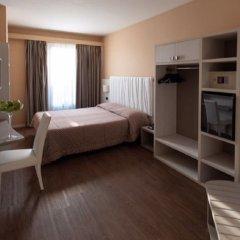 Hotel Enrichetta сейф в номере