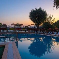 Golmar Beach Турция, Мармарис - отзывы, цены и фото номеров - забронировать отель Golmar Beach онлайн бассейн фото 3