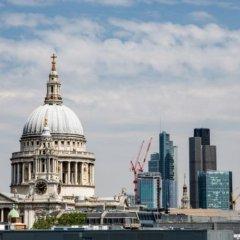 Отель Crowne Plaza London - The City Великобритания, Лондон - отзывы, цены и фото номеров - забронировать отель Crowne Plaza London - The City онлайн пляж фото 2