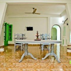 Отель Negombo Beach by Flipflop Hostels в номере