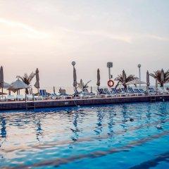 Sharjah Carlton Hotel бассейн