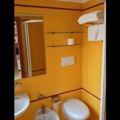 Отель Emma Nord Италия, Римини - отзывы, цены и фото номеров - забронировать отель Emma Nord онлайн ванная фото 2