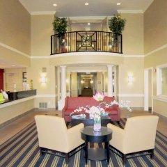 Отель Extended Stay America - Columbus - Polaris США, Колумбус - отзывы, цены и фото номеров - забронировать отель Extended Stay America - Columbus - Polaris онлайн интерьер отеля