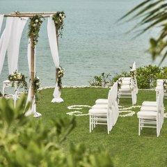 Отель Four Seasons Resort Bali at Jimbaran Bay фото 2