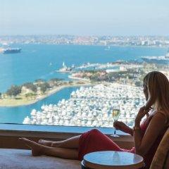 Отель Hilton San Diego Bayfront балкон