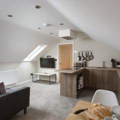 Апартаменты City Apartments Monkbar Mews комната для гостей