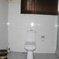 Отель Tyndale Residence Ltd ванная фото 2