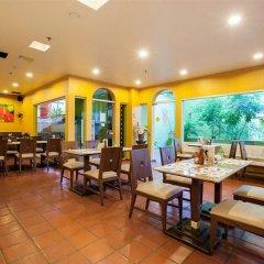 Отель The Aiyapura Bangkok питание фото 2