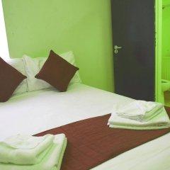 Отель Queens Drive Hotel Великобритания, Лондон - отзывы, цены и фото номеров - забронировать отель Queens Drive Hotel онлайн комната для гостей фото 2