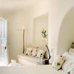 Mystique, a Luxury Collection Hotel, Santorini комната для гостей