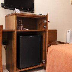 Отель Montecarlo Испания, Курорт Росес - 1 отзыв об отеле, цены и фото номеров - забронировать отель Montecarlo онлайн удобства в номере фото 2