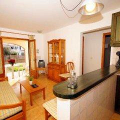 Отель Bungalows Ses Malvas Испания, Кала-эн-Бланес - 1 отзыв об отеле, цены и фото номеров - забронировать отель Bungalows Ses Malvas онлайн комната для гостей фото 5