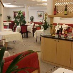 Hotel Maximilian Меран питание