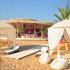 Отель Oasis Resort & Spa пляж