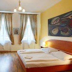 Отель Capri House Чехия, Прага - 10 отзывов об отеле, цены и фото номеров - забронировать отель Capri House онлайн комната для гостей фото 3
