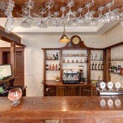 Отель Milli & Jon Буковель гостиничный бар