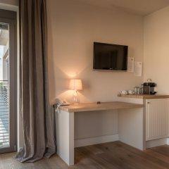 Отель Schoenhouse Studios комната для гостей