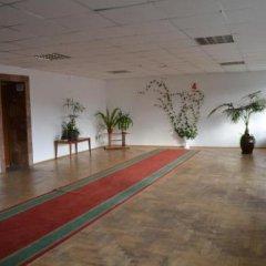 Vlasta Hotel Львов фитнесс-зал фото 2