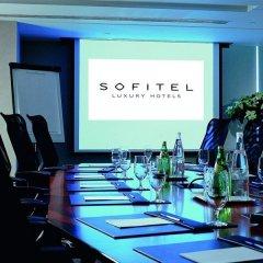 Отель Sofitel Montreal Golden Mile Канада, Монреаль - отзывы, цены и фото номеров - забронировать отель Sofitel Montreal Golden Mile онлайн фитнесс-зал фото 3